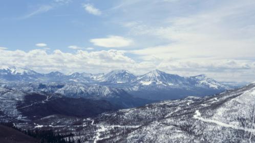 (4K) Aerial Rocky Mountains Landscape 2 Effect